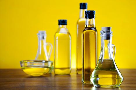 oilve oil jars