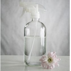 large-clear-glass-spray-bottle Essential Oil Posts